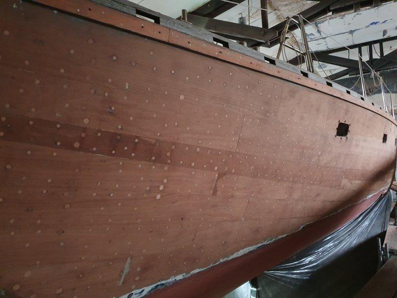 Moby Dick III verdübelte Schraubenköpfe